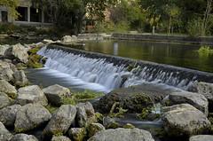 petite cascade (christian.man12) Tags: pose nikon provence lente cascade fontaine vaucluse 19105 d5100