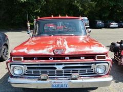 Ford pickup (bballchico) Tags: ford pickup truck ratbastardscarshow ratbastardsinfestationcarshow 2014 206 washingtonstate