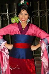 Mulan (singing.squid) Tags: disneyland magic disney pascal dlr mulan mainentrance disneymagic meetandgreet disneylandusa disneyside