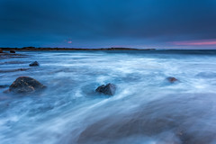 Blue with a hint of pink (Bent Velling) Tags: longexposure pink sunset seascape water norway clouds landscape norge rocks ngc norwegen windy scandinavia waterscape hvaler ef1740mm asmaly canon6d bentvelling