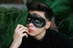 . (Li.Fe Giangregorio) Tags: boy man male green nature canon eyes italia alone mask sguardo solo anima nero puglia intenso fingher solu nuore