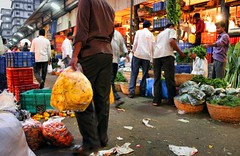 Dadar Flower Market / 8 (mariannaF) Tags: city travel flowers india flower asia market culture streetphotography documentary explore bombay mumbai flowermarket wholesale reportage dadar southasia travelphotography
