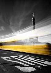 Take the Bus (One_Penny) Tags: street city longexposure urban blackandwhite bus berlin blancoynegro statue architecture canon germany deutschland photography driving busstop capitol siegessäule selectivecolor 6d victorycolumn ndfilter schwarzweis canon6d groserstern