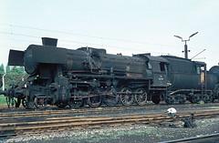 52 7720  Linz  10.05.75 (w. + h. brutzer) Tags: analog train linz austria sterreich nikon eisenbahn railway zug trains steam bb 52 dampflok lokomotive eisenbahnen webru
