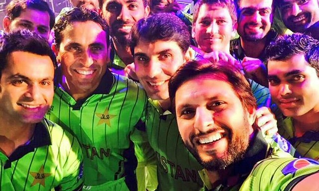 Best Wishes to Pakistan cricket Team (in comment wishes Pak team)