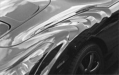 air vents (frscspd) Tags: cambridge reflection film racecar vintage vintagecar shiny pentax takumar market xp2 ilfordxp2 58mm mx ilford marketsquare filmgrain pentaxmx sagaris markethill airvents tvrsagaris takumar58mm ilfordxp2400bw cdccc 20160426 49630026 blacktvrsagaris tvrstandsfortrevor cambridgedistrictclassiccarclub cdcccrally