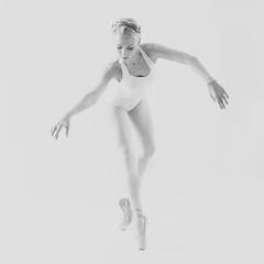 Me sigue encantando esta foto de mi hija...;-)) (Montse;-)) ON-OFF) Tags: bw ballet blancoynegro soft danza dancer explore delicate lightness bailarina puntas 2010 levedad angharadsegura ifotus regalitocumplebeix