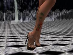 Night Owl (thewhitpit) Tags: female dress blueeyes avatar tan heels jewlery blondehair hud mayfly flippant izzies truthhair blacklacebeauty slinkhighfeet maitreyameshbodylara slinkcasualhands glamaffairskinindia maitreyashape lelutkameshheadleda