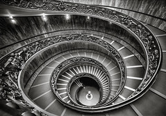 Spiral Staircase (gags9999) Tags: italy rome vatican museums spiral staircase momo bramante bw blackwhite