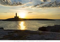 05 luglio 2016 - Vieste - La Lettrice (Andrea di Florio (5,000,000 views)) Tags: andreadiflorio nikon d600 2470 28 panorama viste puglia foggia vacanza estate landscape mare sole spiaggia alba