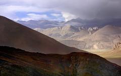 Weather at its best, Tibet 2015 (reurinkjan) Tags: tibet  2015  janreurink tibetanplateaubtogang tibetautonomousregion tar tsang dingricounty weathernamshi himalaya raincloudscharsprin thejomolangmabiologicalparkprotectionzone mteverest snowmountaingangsri snowmountainsadzindkarposandzinkarpo glaciergangs himalayamountains himalaya himalayamtrangerigyhimalaya himalayasrigangchen tibetanlandscapepicture landscapeyulljongsynjong landscapesceneryrichuyulljongsrichuynjong landscapepictureyulljongsrimoynjongrimo naturerangbyungrangjung natureofphenomenachoskyidbyings earthandwaternaturalenvironmentsachu