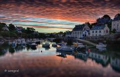 Red clouds (soregral) Tags: sunrise eau water port reflets outdoor nuages mer longexposure bateau leversoleil ciel sky brittany sea clouds fil bretagne