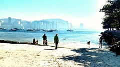 Um bom dia (luyunes) Tags: urca praia mar riodejaneiro horizonte motomaxx luciayunes