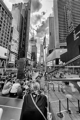 Times Square 2 (noaxl.berlin) Tags: manhatten sony a7rii samyang rokinon walimex 14mm newyork ny architektur architecture skyscraper night brooklyn lights skyline bridge stars dove wtc worldtradecenter subway metro timessquare