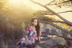 """""""Fernanda III"""" (Felipe_Ignis) Tags: photoshoot photoshop fotos fotografia canon 6d 50mmf18 costa beach mujer vestido mar retrato portrait sunflare aire libre"""