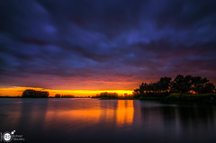 At days end (Robert Stienstra Photography) Tags: landscape landscapes landscapephotography landschappen sunset sunsetphotography waterscape waterscapes river riverbanks riverscape riverrhine riverscapes dusk cloud clouds cloudscapes wageningen gelderland longexposure longexposurephotography waterfront outdoor outdoors nikond7100 tokina1224mm robertstienstraphotography