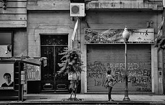 D52_DSC_6873z-1 (A. Neto) Tags: buenosaires d5200 nikon afsnikkor35mm118g nikond5200 argentina blackwhite bw monochrome street people