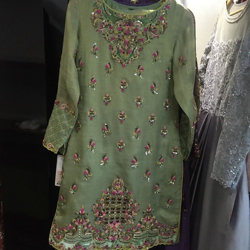 #happeningnow #faizaatchambeili @faizasaqlain_official FS-030 £550 made-to-order