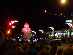 2014-12-06 Festival Of Lights Parade (162) (MadeIn1953) Tags: california snowman palmsprings balloon parade coachellavalley candycane festivaloflights 2014 riversidecounty 201412 20141206