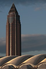 Messeturm (WR1965) Tags: skyscraper messe frankfurtmain hochhaus wolkenkratzer messeturm