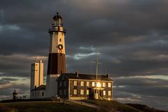 Sunset at Montauk Point (gimmeocean) Tags: sunset lighthouse ny newyork longisland newyearseve montauk easthampton montaukpointlighthouse montaukpointstatepark montaukpointlight