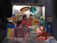 Nacimiento mexicano en hojalata IMG_6609 (fernandodelatorre46) Tags: christmas mxico oaxaca portal nativity nacimiento beln pesebre