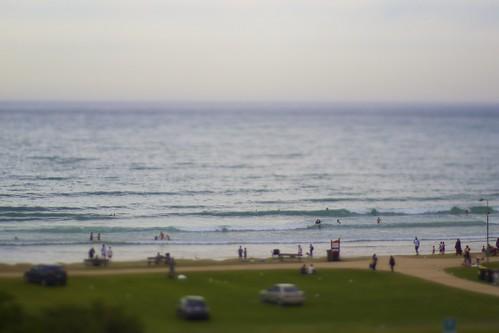 Miniature surf