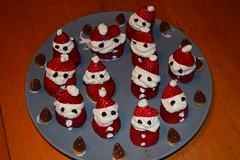 Haruna's Santa Claus Legion (jjldickinson) Tags: nikond3300 101d3300 nikon1855mmf3556gvriiafsdxnikkor promaster52mmdigitalhdprotectionfilter wrigley dessert food fruit berry strawberry cream whippedcream chocolate santaclaus longbeach