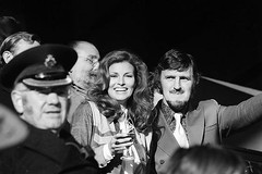Jimmy Hill and Raquel Welch - Stamford Bridge (The Sky Strikers) Tags: bridge chelsea hill jimmy raquel peter vip fans stamford welch osgood