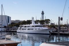 Illusion, Marina Port Vell (Barcelona, Spain). (Luis Prez Contreras) Tags: barcelona port marina spain barco ship yacht vessel super olympus illusion omd mega vell yate feadship