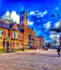 St Helens Town Hall (Jymothy) Tags: st liverpool places helens hdr merseyside huyton