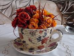 DSC00336 (amalia_mar) Tags: flowers cup decor artificialflowers