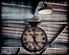 Choo Choo Time. (Scott Werkheiser) Tags: chattanooga tennessee train clock eastern time hands face roman numerals wood iron station platform travel passengers southern choo hotel track 29 canon t5 1220d