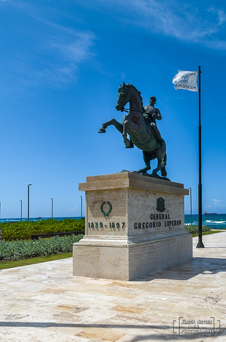 Denkmal von General Gregorio Luperon bei der Festung Fortaleza San Felipe