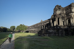 Angkor Wat, Cambodia (Thainlin Tay) Tags: city temple ancient angkorwat siemreap