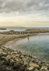 promenade (Rachid HAKKA) Tags: sea mer beach algeria nikon northafrica el algerie plage algiers bordj kiffan d7000 bordjelkiffan nikond7000 byrachidhakka