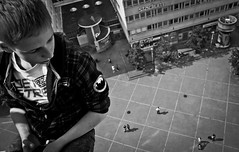 pretty cool (madmtbmax) Tags: city blackandwhite bw glass high cool globe view sweden stockholm schweden vertigo sw sverige schwarzweiss skyview globearena hoch ruotsi highanxiety blanconero urbanarte blackwhitepassionaward