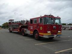 Philadelphia Fire Department Ladder 212 (GhostStationPA86) Tags: philadelphia unitedstates pennsylvania ladder feuerwehr bomberos firedepartment brandweer tiller firebrigade seagrave bombeiros