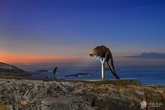 La Caracola (Chencho Mendoza) Tags: de corua torre nocturna caracola hrcules escultor a monchoamigo parqueescultrico chenchomendoza