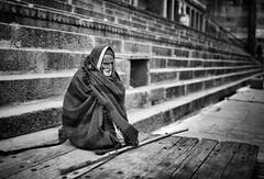 India -Varanasi (peo pea) Tags: portrait blackandwhite bw india man bn varanasi ritratto bianconero reportage vecchi povero