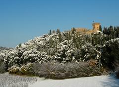Strozzavolpe con la neve (anto_gal) Tags: italia torre campagna neve siena toscana castello 2009 poggibonsi strozzavolpe