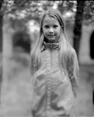 Portraits 4x5 (Denis G.) Tags: portraits rodinal chambre largeformat viewcamera 2014 foma100 largeformatportrait buschpressmand