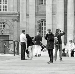 Photographers at work - Pont des Artes, Quatorze Juillet (Monceau) Tags: quatorzejuillet bastilleday 2016 paris photographers pontdesarts pointedthisway blackandwhite monochrome