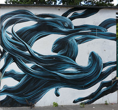 Fish swimming, entangled - Blvd Vincent Auriol, Paris 13th arr (Monceau) Tags: mural paris 13tharr fish swimming entangled swirling