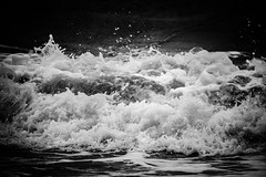 64/100x (Nomis.) Tags: canon eos 700d t5i rebel canon700d canoneos700d rebelt5i canonrebelt5i monochrome mono bw blackandwhite 100x 100xthe2016edition 100x2016 image64100 sk201606308905editlr sk201606308905 lightroom waves wave tide tidal sea ocean wales rough tempest crashing incoming splash water coast beach rocks