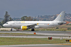 EC-LAA Airbus A.320-214 Vueling  AGP 26-06-16 (PlanecrazyUK) Tags: lemg malagacostadelsolairport malaga costadelsol eclaa airbusa320214 vueling agp 260616