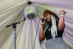 Call Me Unique @ Mostly Jazz Festival 1 (preynolds) Tags: musician music festival concert birmingham raw dof singing stage gig livemusic jazz noflash soul singer glitterball mark2 stagelights tamron2470mm canon5dmarkii frontwomen counteractmagazine mostlyjazz2016