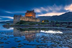 Eilean Donan Midgefest (JSP92) Tags: scotland unitedkingdom gb eilean donan midge sunset castle water reflection le long exposure hanks tony