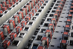 Selegie (Philippe Put) Tags: selegie house block singapore city concrete grey red windows living apartment