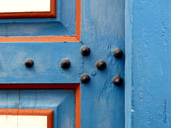 Detalhe/ Detail (nadia.veronica) Tags: church door spike igrejadoamparo igreja porta cravo colours cores